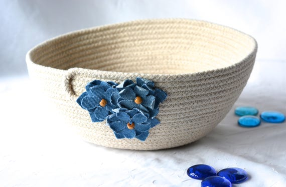 Denim Home Decor, Handmade Quilted Basket, Primitive Clothesline Basket, Upcycled Jean Flower Bowl,  Minimalist Natural Rope Bowl