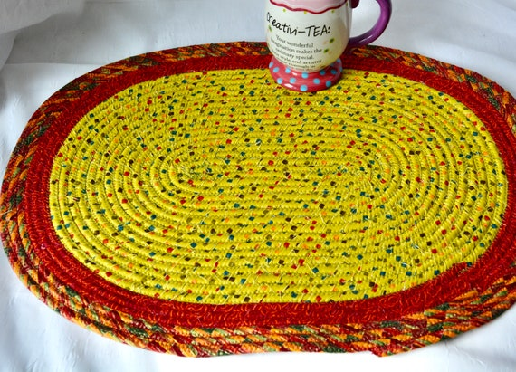 Fall Table Topper, 1 Handmade Oval Trivet, Burnt Orange Table Mat, Potholder, Table Runner, Autumn Hot Pad, Orange Red Place Mat