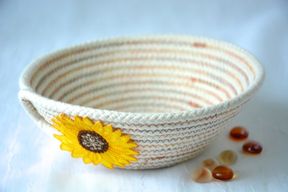 Sunflower Candy Dish, Desk Accessory Bowl, Handmade Rope Basket, Country Ring Dresser Tray, Fall Decoration, Farmhouse rope basket
