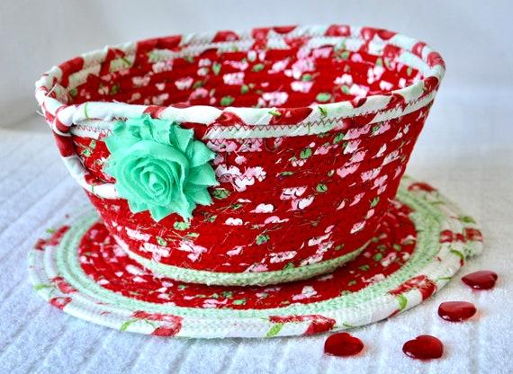 Red Fruit Bowl and Trivet Set, 1 Napkin Basket and 1 Place Mat, Handmade Picnic Basket, Potpourri Bowl, Mail Bin, Key Holder, Toy Holder