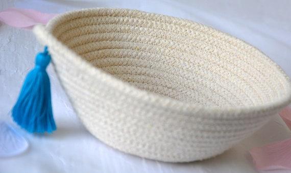 Minimalist Potpourri Bowl, Handmade Raw Rope Basket, Modern Clothesline Basket, Primitive Ring Dish, Desk Accessory