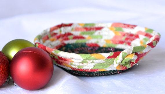 Christmas Desk Bowl, Handmade Holiday Basket, Homemade Christmas Candy Dish, Christmas Decoration, Decorative Holiday Bowl