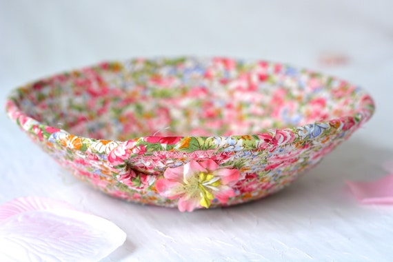 Floral Garden Basket, Handmade Pink Bowl, Ring Dish, Cute Desk Accessory, English Garden Gift Basket, Party Favor, Mother's Day Gift