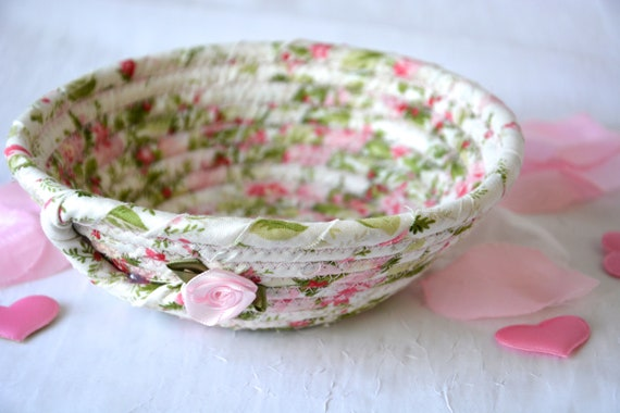 Girlfriend Present, Shabby Chic Bowl, Pink Ring Dish, Gift for Her Mom, Handmade Key Basket, Desk Accessory Basket, Paperclip Holder