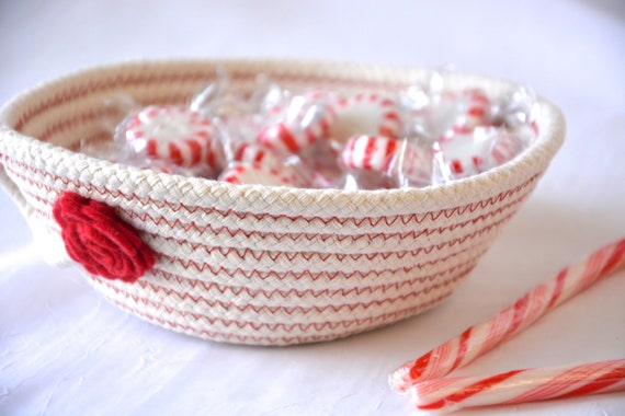 Holiday Candy Dish, Desk Accessory Bowl, Handmade Rope Basket, Country Ring Dresser Tray, Neutrals Decoration, Farmhouse rope basket