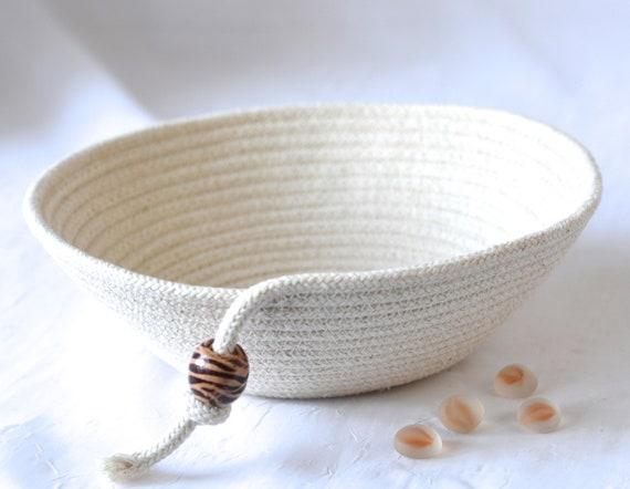 Minimalist Potpourri Bowl, Handmade Rope Basket, Modern Clothesline Basket, Primitive Ring Dish, Cottage Chic Bowl, Desk Accessory