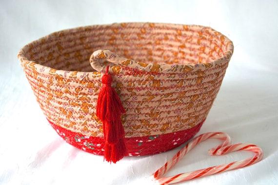 Gingerbread Holiday Decor, Handmade Christmas Decorative Bowl, Christmas Holiday Card Basket, Gingerbread Men Home Decor