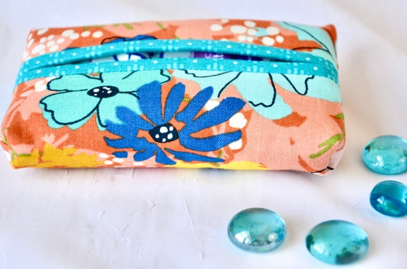 Spring Pocket Tissue Holder, Handmade Travel Kleenex Tissue Case, Lovely Party Favor, Pretty Blue Purse Accessory, Basket Filler