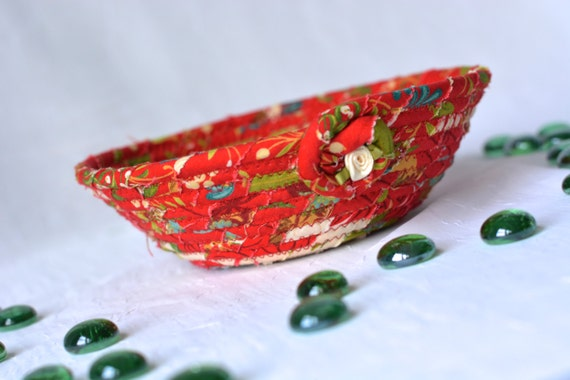 Country Red Bowl, Handmade Gift Basket, Homemade Red Ring Dish, Cute Desk Decoration, Artisan Quilted Bowl