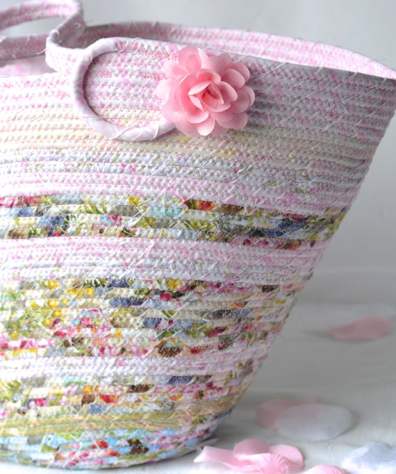 Pink Tote Bag, Picnic Rope Basket, Shabby Chic Handled Basket, Knitting Project Bag, Handmade Quilted Gift Basket, English Garden Home Decor