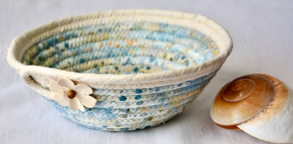 Cute Country Basket, Handmade Blue Key Bowl, Candy Dish, Indigo Fabric Basket, Cottage Chic Decor Bowl, Coin Change Bowl