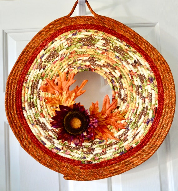 Fall Decor Wreath, Autumn Door Hanger, Lovely Wall Art, Artisan Quilted Wreath, Handmade Floral Home Decor, Country Wavy Curvy Hanging