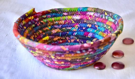 Country Home Decor Basket, Handmade Ring Dish Tray, Boho Key Catchall Bowl, Jewelry Catcher, Colorful Fiber Bowl, Artisan Coiled Bowl
