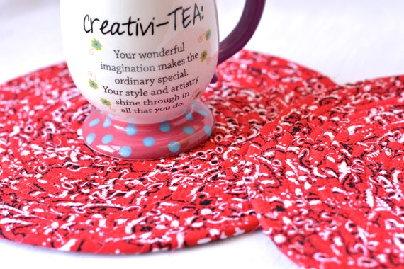 Red Place Mats, 2 Red Bandana Trivets, Handmade Hot Pad Set of 2, Table Topper Runner, Fun Home Decor, Potholder