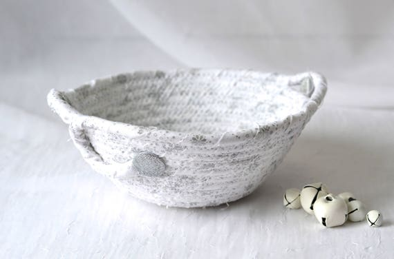 Christmas Holiday Decoration, Silver White Gift Basket, Decorative Candy Dish, Handmade White Wedding Decoration, Pretty Potpourri Bowl