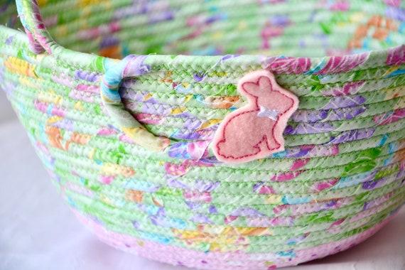 Easter Basket for Girl, Handmade Easter Bucket, Easter Decoration, Easter Egg Hunt Bag, Spring Green Home Decor, Quilted Handled Basket