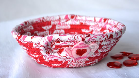 Valentine's Day Bowl, Handmade Heart Teapot Basket, Red Candy Dish, Party Favor, Cute Heart Key Holder, Pink Heart Decorative Bowl