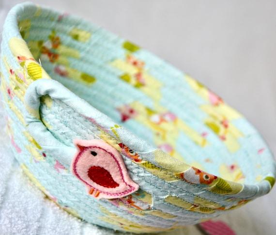 Spring Bird Basket, Cute Candy Dish, Ring Bowl, Baby Shower Favor Gift, Handmade Quilted Basket, Potpourri Holder, Nursery Basket