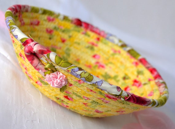 Picnic Fabric Basket, Handmade Floral Basket, Business Card Holder, English Garden Decor, Ring Dish Bowl, Desk Accessory Bowl