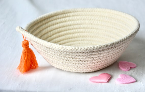 Minimalist Decor Bowl, Handmade Rope Basket, Country Clothesline Basket, Neutrals Ring Dish, Orange Tassel Bowl, Cute Desk Accessory