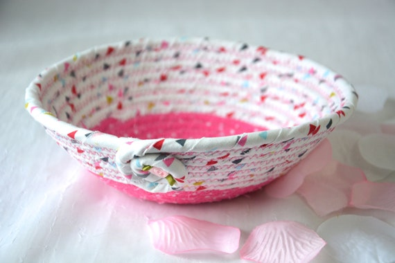 Pink Party Favor, Handmade Fabric Basket, Artisan Quilted Bowl, Pink Ring Dish, Cute Potpourri Dish, Quilted Bowl Home Decor