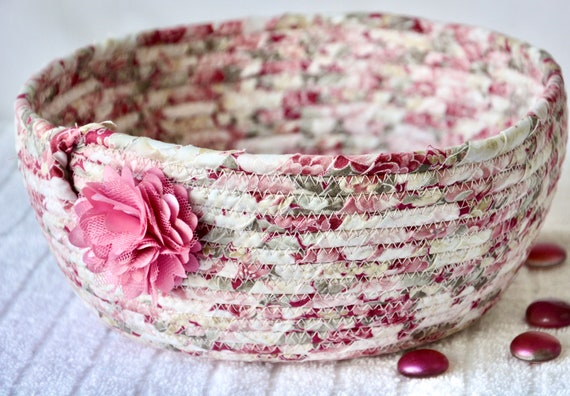 Shabby Chic Basket, Handmade Pink Fabric Bowl, Mauve Floral Bath Basket, Brush Holder, Girl Hair Tie Bowl, Pink Key and Phone Basket