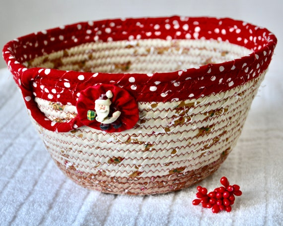 Christmas Fruit Bowl, Christmas Card Basket, Homemade Gingerbread Decor, Holiday Decoration, Bread Basket, Napkin Holder, Key Bin, Mail Bin
