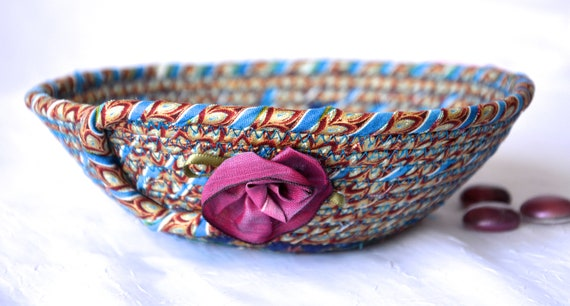 Ring Dish Basket, Lovely Quilted Bowl, Handmade Key Holder, Hand Coiled Rope Basket, Pretty Wallet and Phone Tray