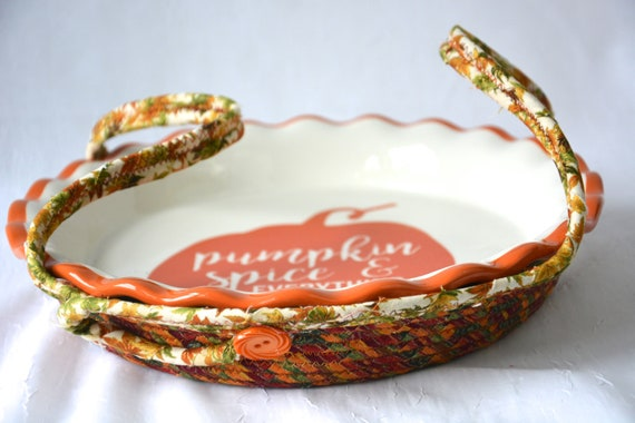 Fall Cookie Caddy, Pie Plate Basket, Pie Cozy, Handmade Pie Carrier, Leaf Bread Basket, Autumn Party Decoration, Fabric Basket
