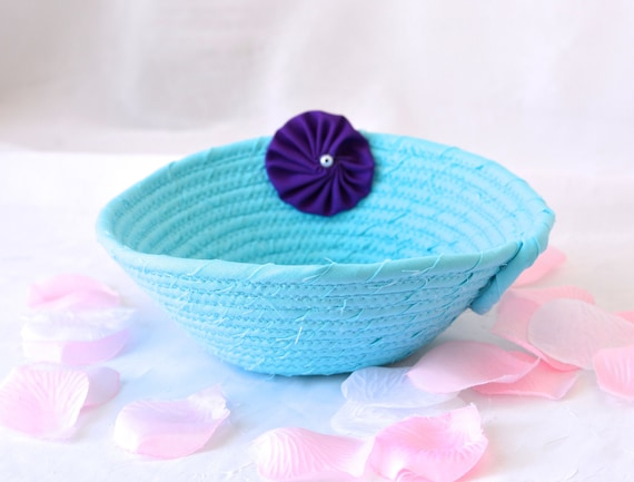 Party Favor Basket, Handmade Blue Wedding Card Basket, Quilted Candy Bowl, Bridal Shower Gift, Bahama Blue Gift Basket