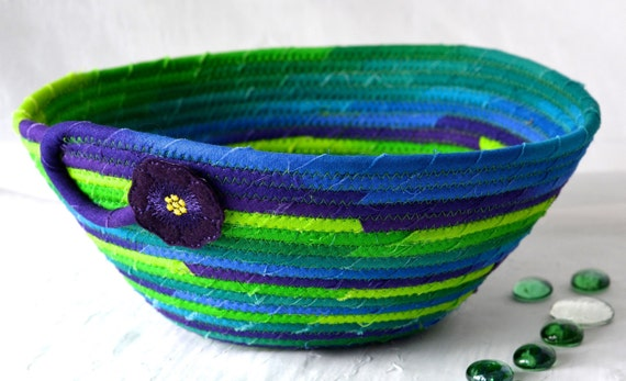 Blue Fiber Bowl, Handmade Green Bowl, Bathroom Decor, Remote Control Holder, Decorative Green Bowl, Artisan coiled fabric basket