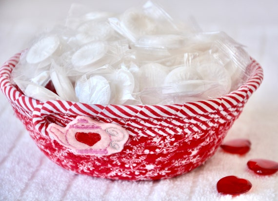 Mother's Day Gift, Ring Bowl, Handmade Key Basket, Red Candy Dish, Love Party Favor, Heart Potpourri Holder, Cute Teapot Basket