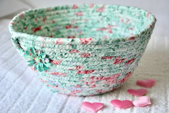 Pastel Green Basket, Mint Potpourri Holder, Key Holder Dish, Shabby Chic Floral Basket, Handmade Napkin Basket, Fruit Bowl