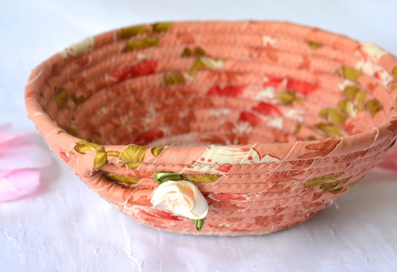 Mauve Desk Accessory, Pink Ring Dish Tray, Handmade Makeup Organizer, Potpourri Basket, Shabby Chic Key Holder, Shabby Chic Pink Basket