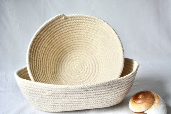 Banneton Proofing Baskets, 2 Farmhouse Bread Bowls, 1 Oval and 1 Round Baker's Baskets, Handmade in the USA, Brotform Bowls,  Rope baskets