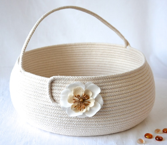 Neutrals Coiled Basket with Handle, Handmade Country Clothesline Basket, Minimalist, Beige Bolga Bin, Knitting Project Bag