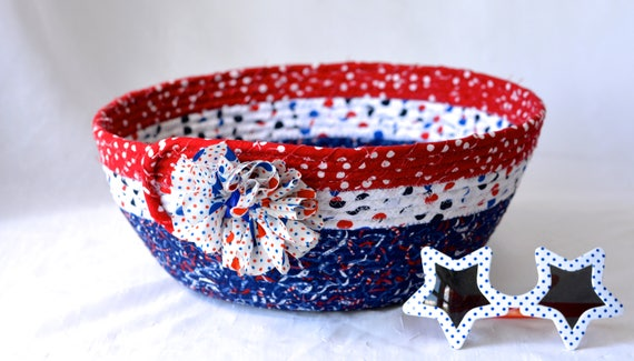 Picnic Party Bowl, Veteran Gift Basket, Handmade Red White and Blue Party Bowl, Chip Basket, Patriotic Summer Patio Decoration