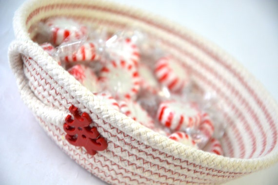 Christmas Candy Dish, Holiday Desk Accessory Bowl, Handmade Holiday Rope Basket, Country Ring Dresser Tray, Neutrals Christmas Decoration,