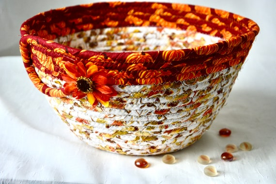 Fall Red Basket, Country Home Decor Bowl, Autumn Mail Basket, Handmade Bread Basket, Napkin Holder, Fruit Bowl, Harvest Decor