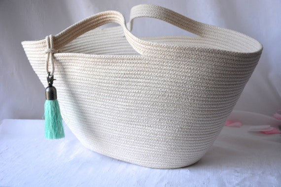 Rope Tote Bag, Coiled Rope Purse, Handmade Quilted Handbag, Country Clothesline Basket, Minimalist Stylish Hand Bag, Cottage Chic Basket