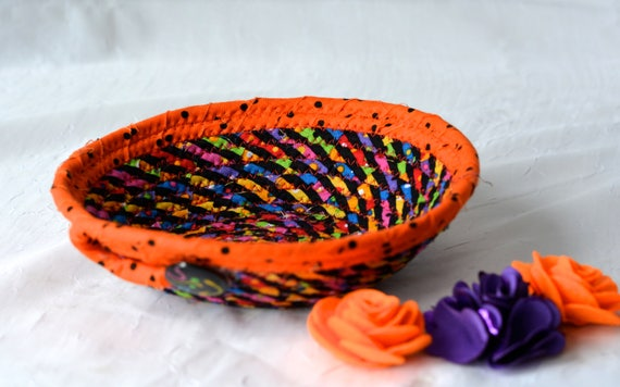 Fun Party Favor, Rope Coiled Bowl, Orange Fabric Basket, Fall Desk Accessory Basket, Halloween Change Coin Holder, Artisan Quilted Bowl
