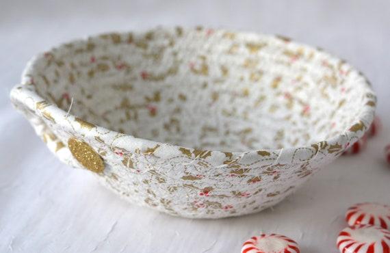 White Christmas Decoration, Holiday Gold Holly Gift Basket, Decorative Candy Dish, Handmade Wedding Decoration, Christmas Potpourri Bowl