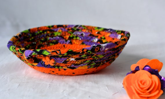 Halloween Candy Bowl, Orange Coiled Fabric Basket, Cute Desk Accessory Basket, Change Coin Holder, Handmade Fall Halloween Decoration