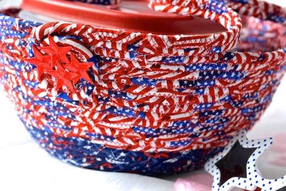 4th of July Decoration, Patriotic Cookie Caddy, Red White and Blue Party Bowl, Patio Picnic Basket, Cookout Decor, Dessert Carrier