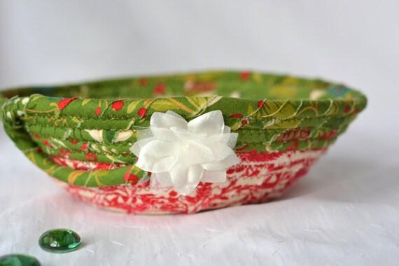 Christmas Gift Basket, Handmade Red Holiday Bowl, Candy Dish, Christmas Red Ring Tray, Artisan Gift Basket, Hand Coiled Fiber Art Bowl
