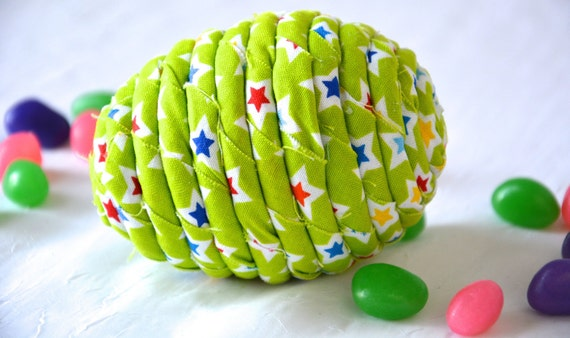 Green Easter Egg, Handmade Easter Egg Bowl Filler, Easter Egg Hunt Fun, Star Fabric Easter Egg, Green Spring Decoration