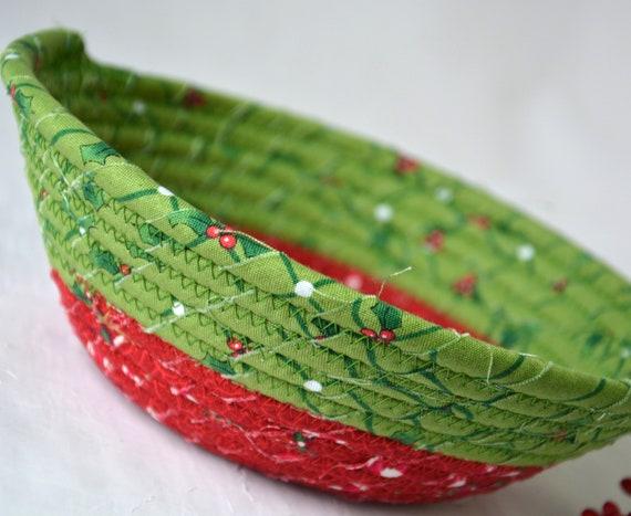 Christmas Potpourri Bowl, Handmade Holiday Decor Basket, Homemade Christmas Candy Dish, Christmas Decoration, Holiday Bowl, Stocking Stuffer