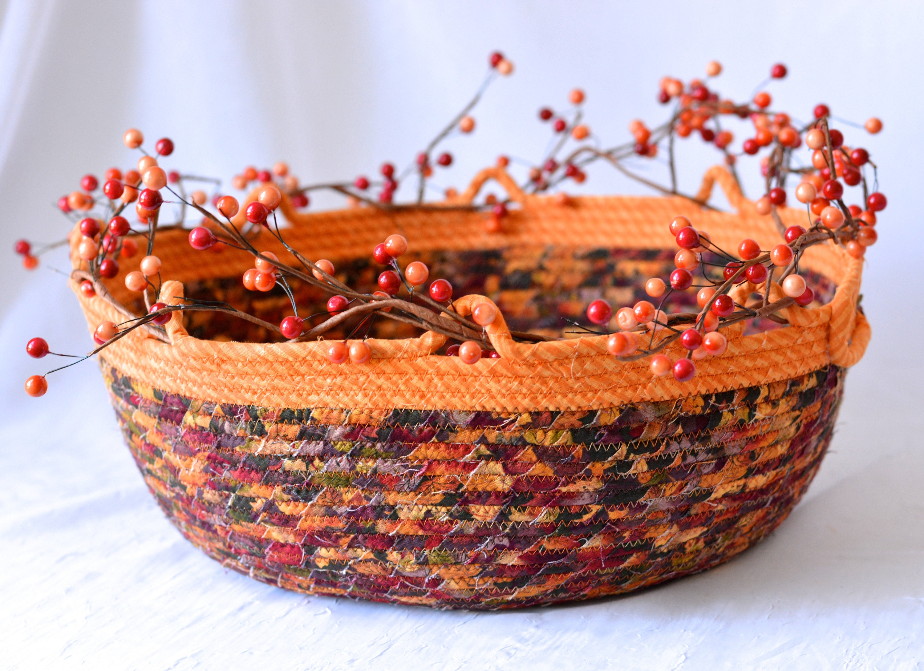 Fall Display Basket Tan Coiled Basket Country Gift Basket Napkin Holder Fall Leaves Table Centerpiece Fruit Bowl Bread Basket