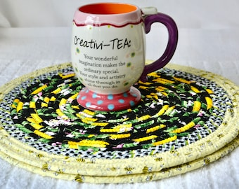 Bee Table Mats, 2 Place Mats, Honey Bee Picnic Trivets, Handmade Bumble Bee Hot Pads, Yellow Potholders, Table Topper, Runner