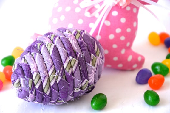 Purple Easter Egg Ornament, Handmade Lilac Easter Egg Decoration, Lavender Bowl Filler, Basket Stuffer, Hand Coiled Fiber Easter Egg
